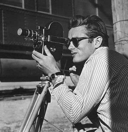 James Dean avec sa Le Coultre Powermatic Nautilus en or