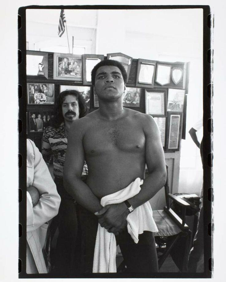 c'est à Puerto Rico, le 14 février 1976, lors de son séjour d'entraînement avant son combat contre Jean-Pierre Coopman, que Mohamed Ali achète une Tank.