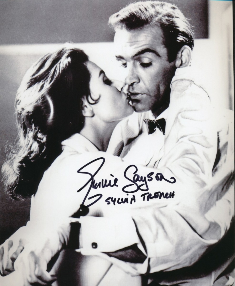 james bond-sylvia-trench-photo