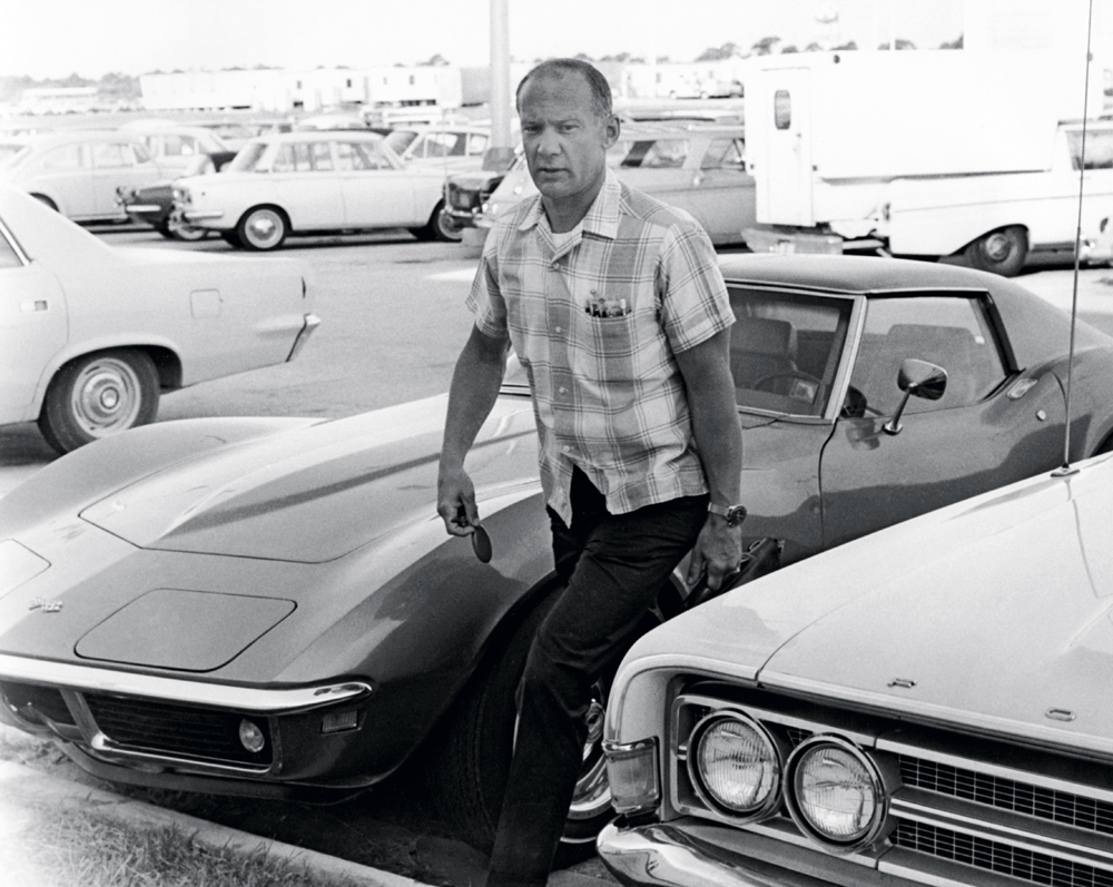 "ORLANDO FL - JULY 9: Apollo 11 astronaut Edwin ""Buzz"" Aldrin arrives at the flight crew training building of the NASA Kennedy Space Center in Florida, one week before the nation?s first lunar landing mission. at the Kennedy Space Center on July 8, 1969 in Orlando, Florida. (Photo by Michael Ochs Archives/GettyImages)"