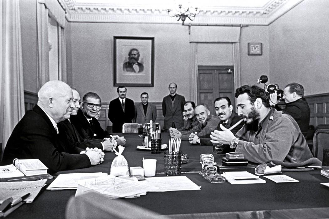 Fidel Castro et ses 2 montres au Kremlin avec Nikita Kroutchev