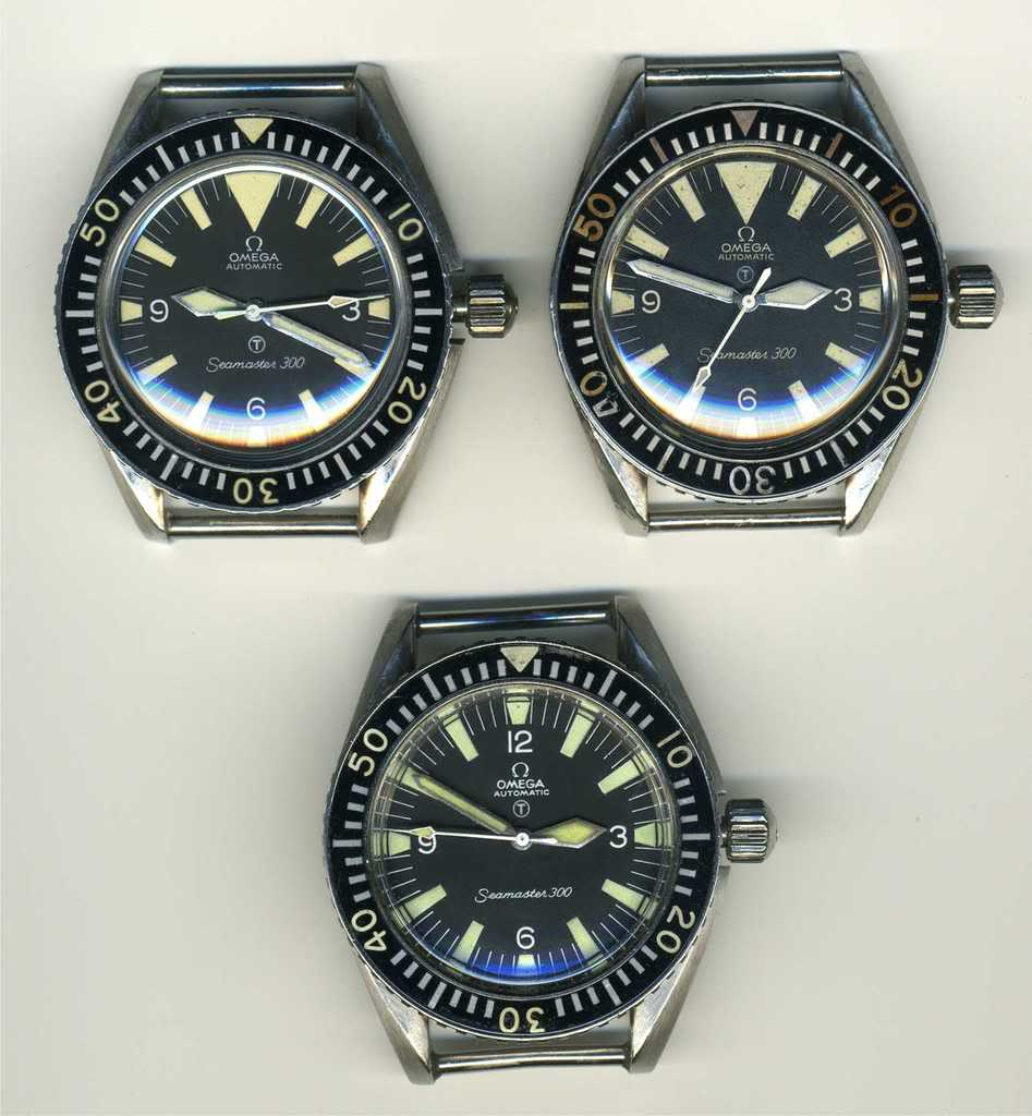 "1967 : Omega Seamaster 300 British Army, aiguille glaive, ""big triangle"", anses fixes, couronne vissée"