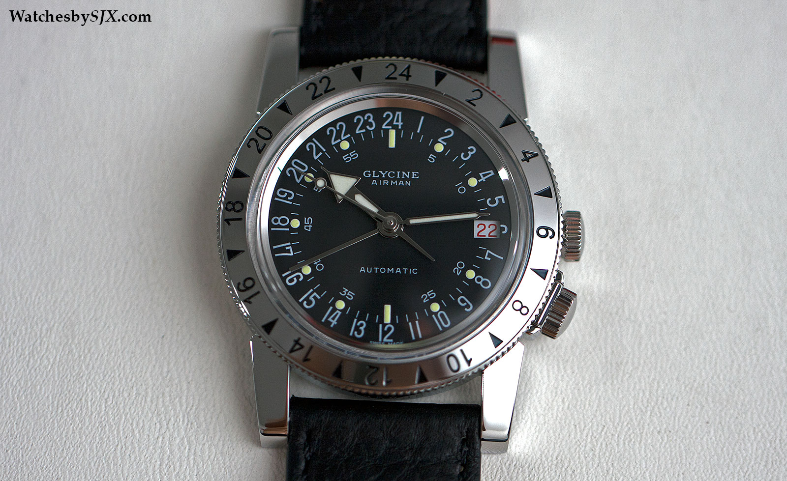 "Réédition Glycine Airman ""N°1"" de 2014 (photo :watchesbysjx.com)"