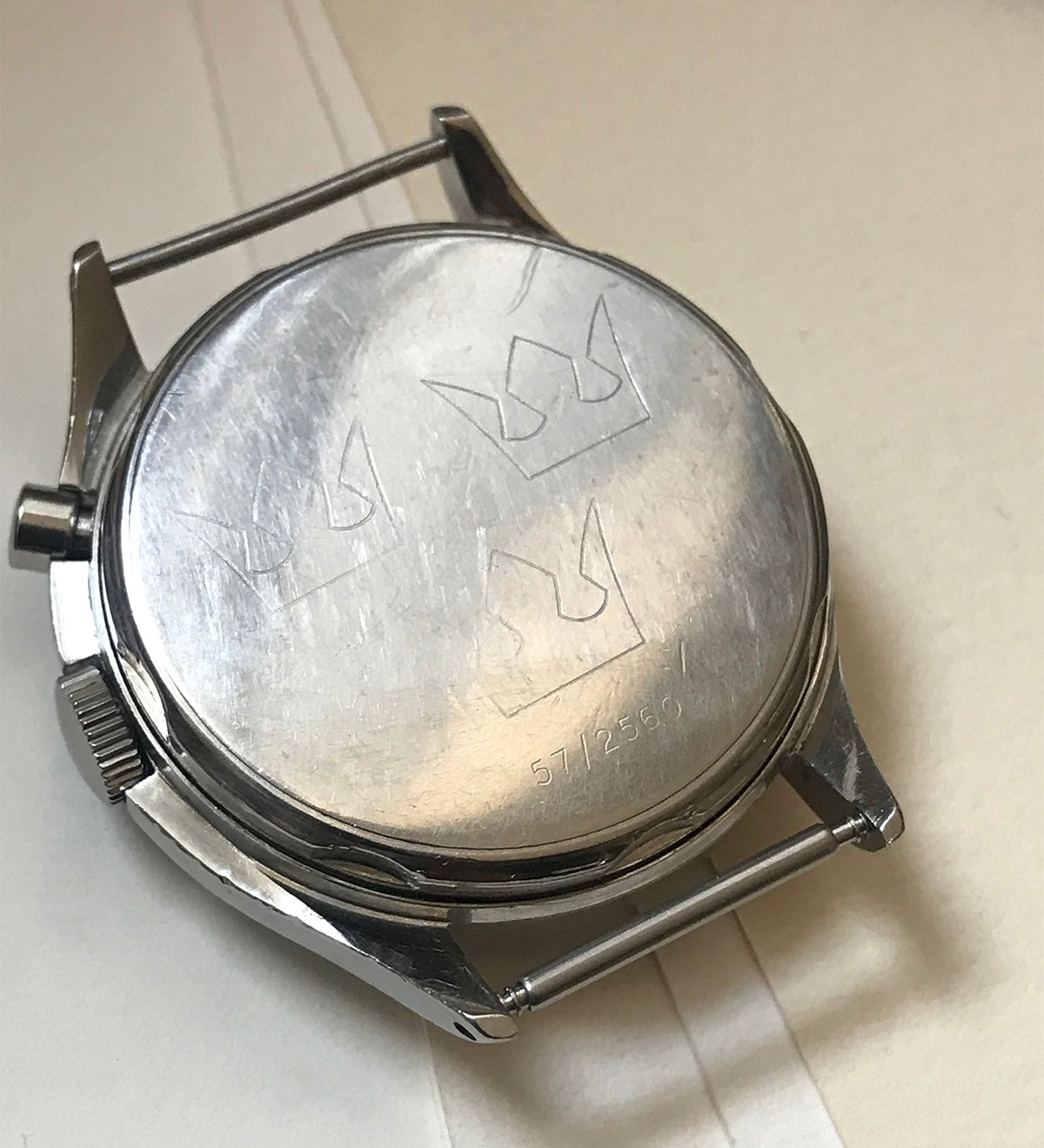 lemania-tg-195-tre-kronor-caseback